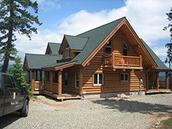 Whisper Creek Log Homes Roofing
