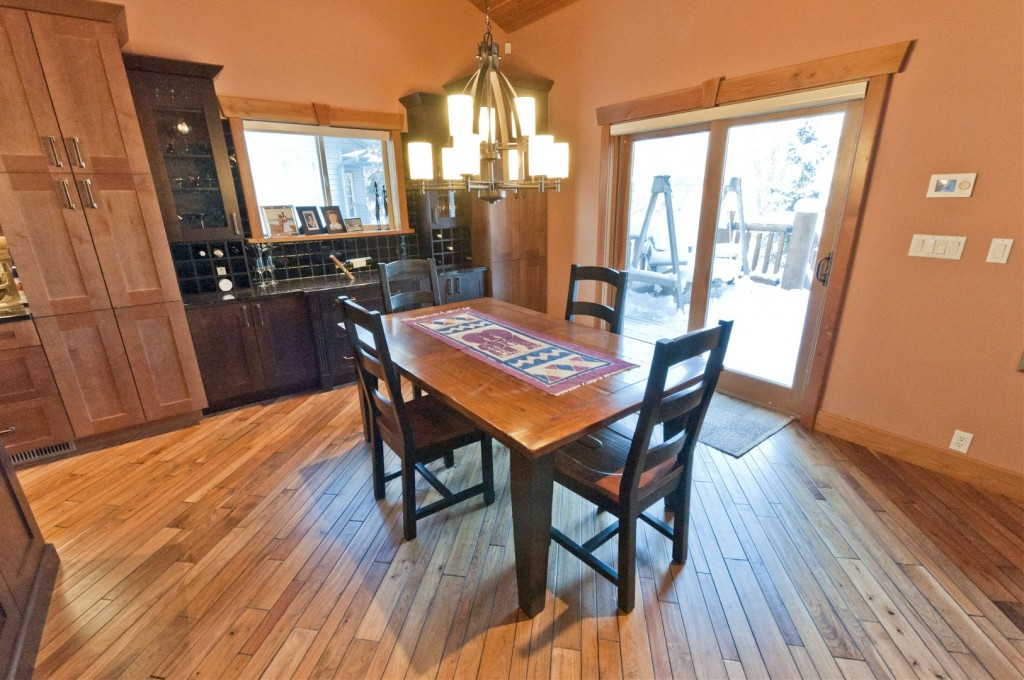 Immediate possession whisper creek log homes for Best private dining rooms edmonton